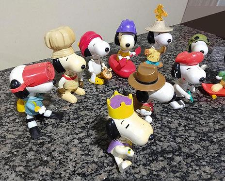 Boneco Snoopy coleção 10un