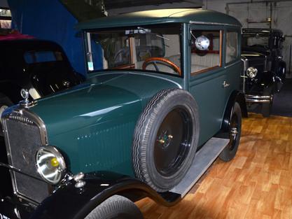 La visite des vieilles voitures !