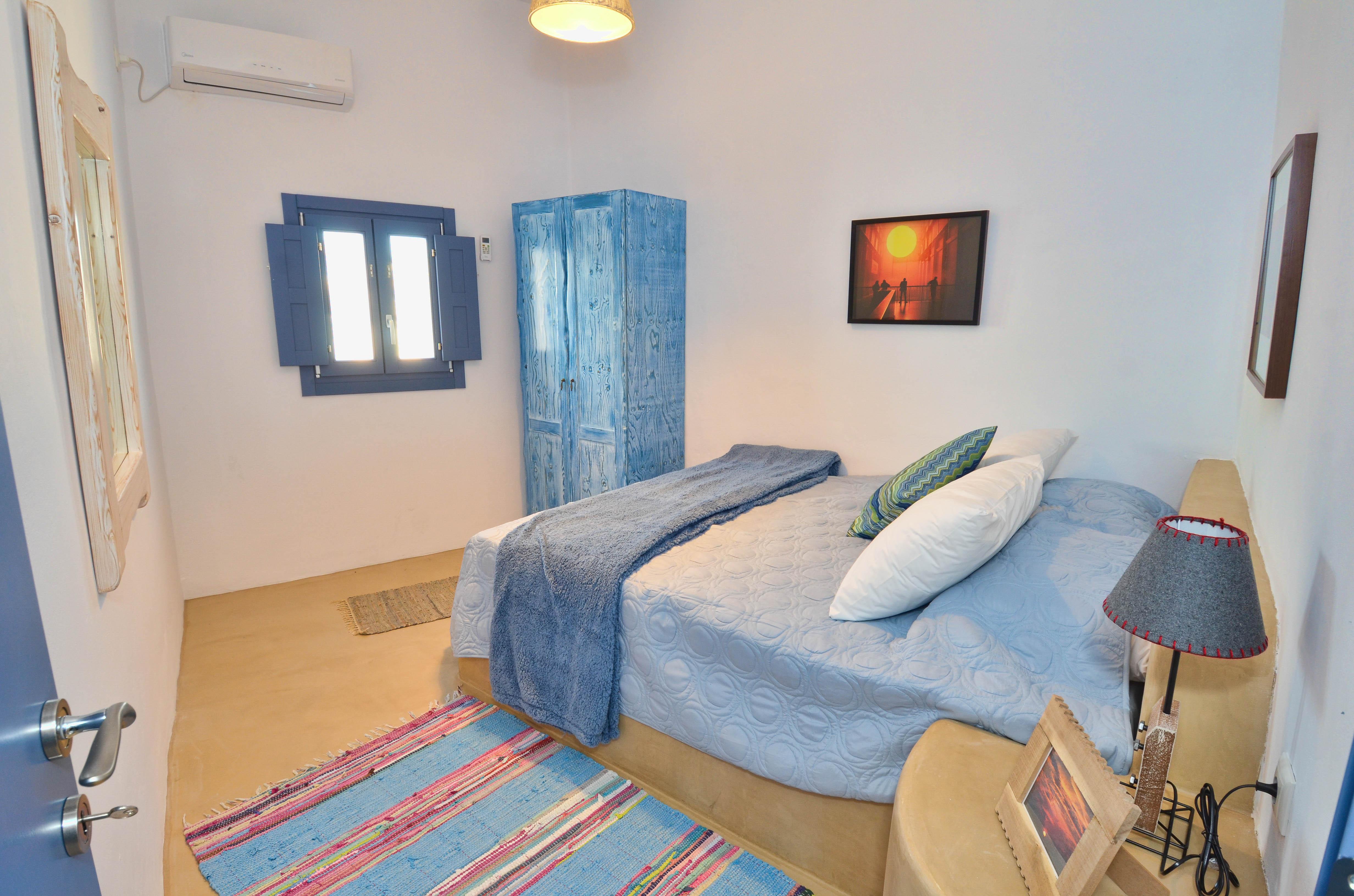 Fira Blue House-38