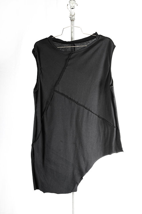 Asymetrical deconstructed black top