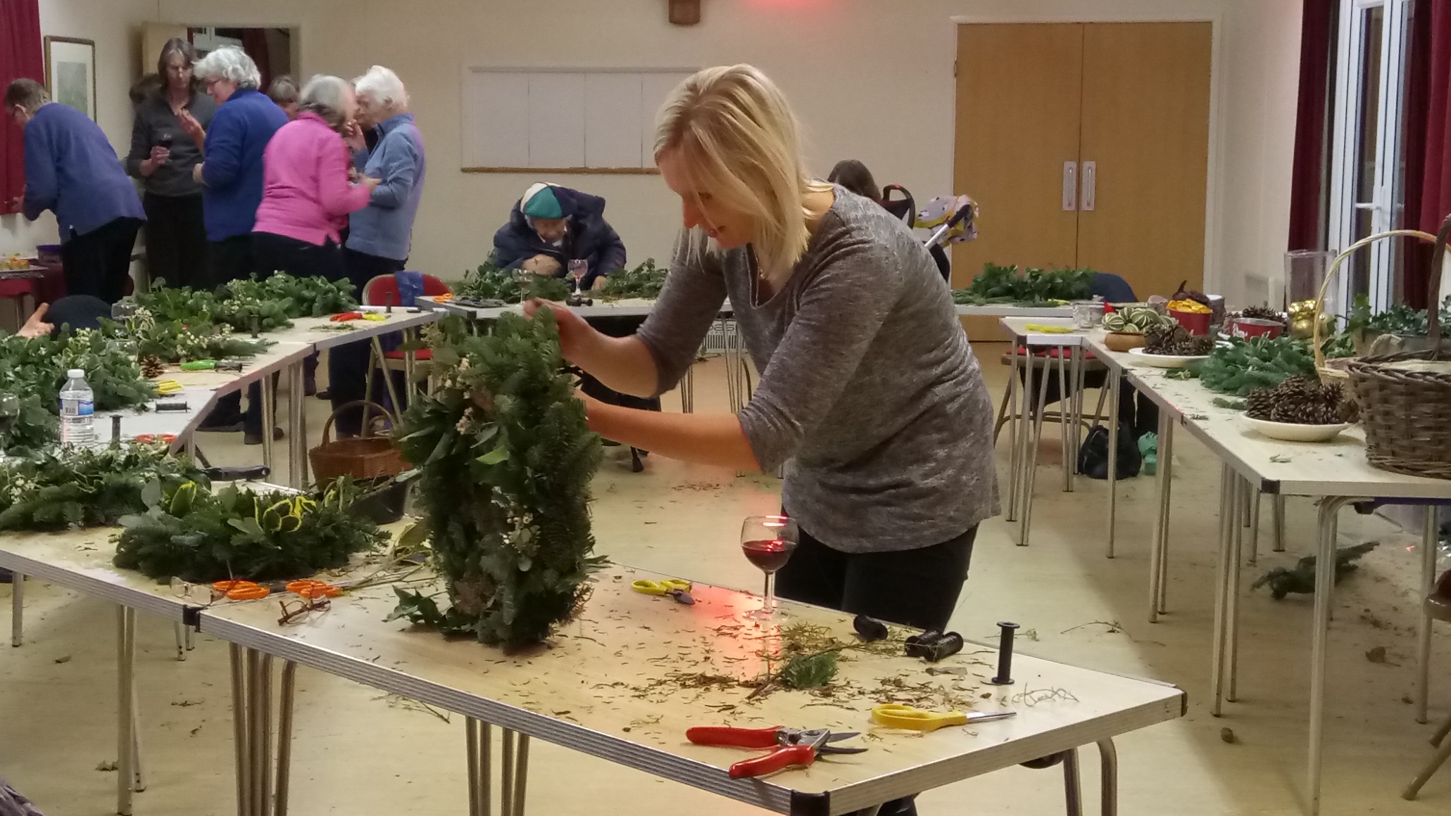 Dec 2017 Making Christmas wreaths