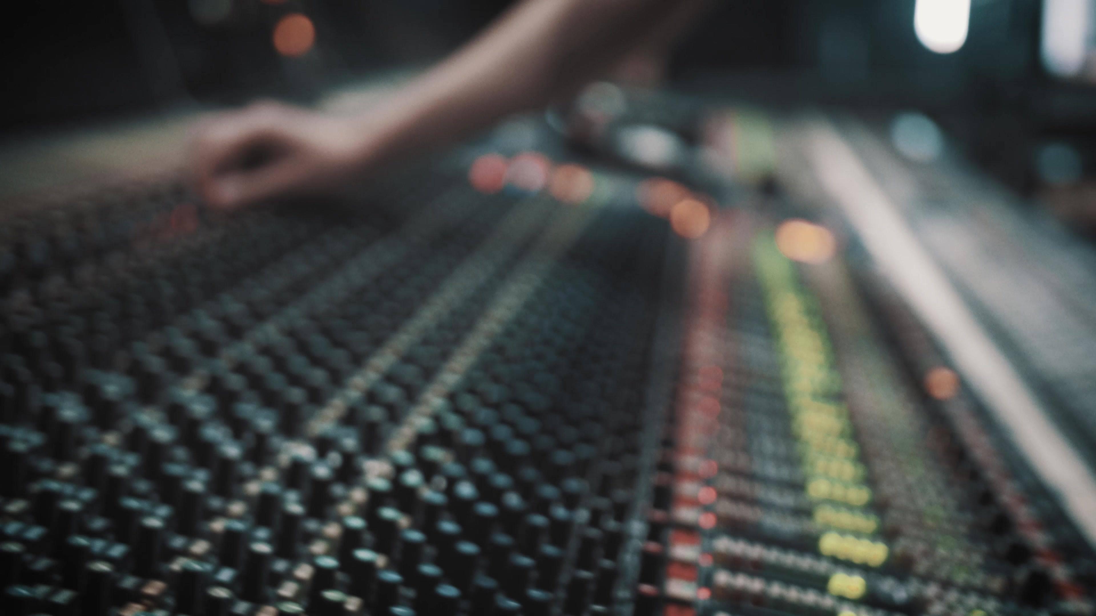 Falling - Live @ 301 Studios