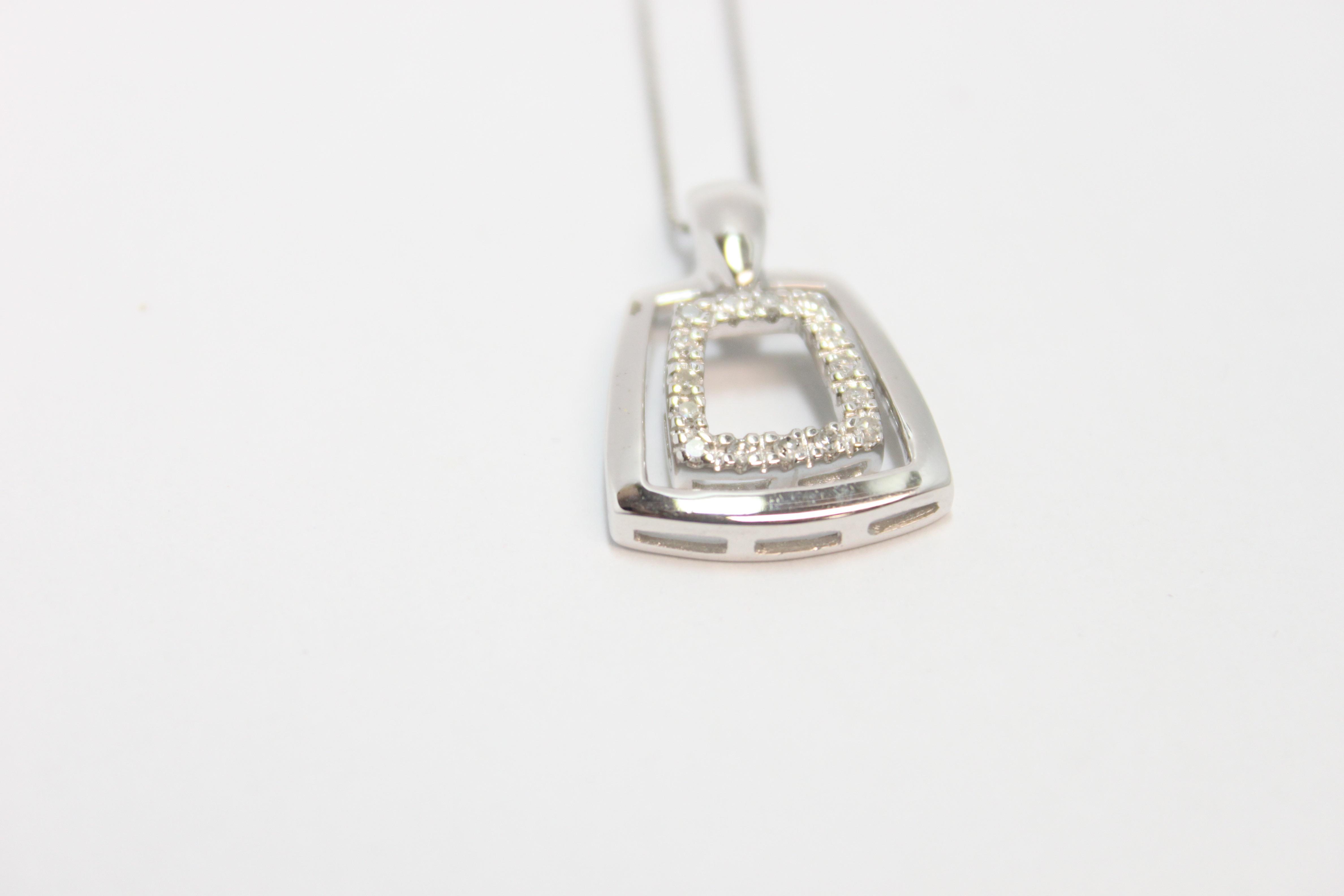 White Gold & Diamond Pendant