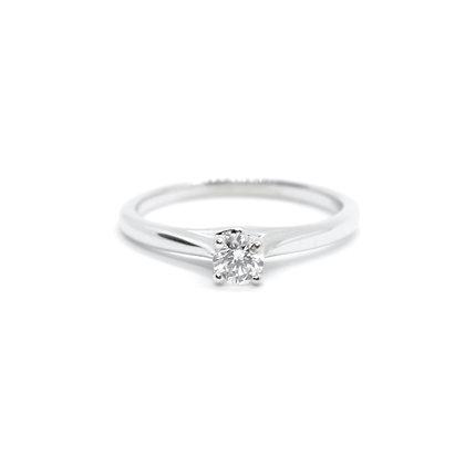 Round Cut Solitaire Diamond Engagement Ring (0.26 carat)