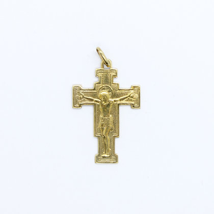 Yellow Gold Square Crucifix Pendant (20mm)