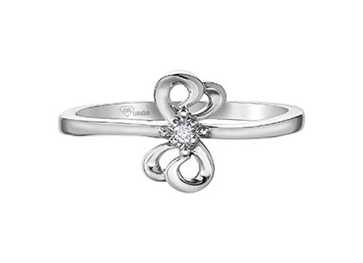 Canadian Diamond Bow Promise Ring