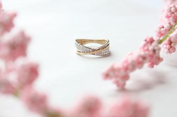 Ring-YGTwist-599-02.jpg