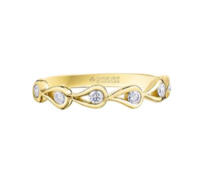 Yellow Gold Teardrop & Round Canadian Diamond Ring