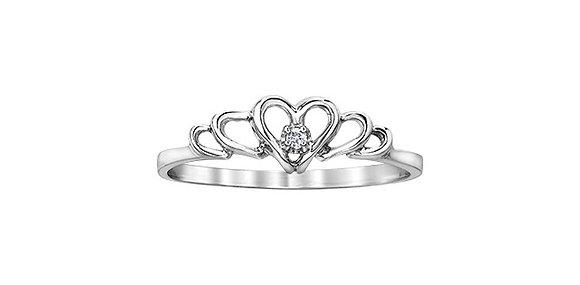 Tiara Heart Diamond Ring