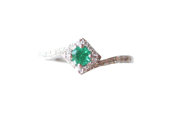 Round Emerald Ring With Diamond Halo