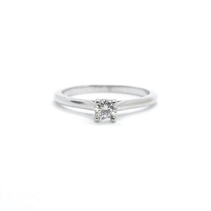 Round Cut Solitaire Diamond Engagement Ring (0.24 carat)