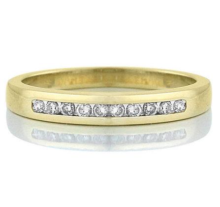 Yellow Gold Round Cut Diamond Band (0.25 carat)