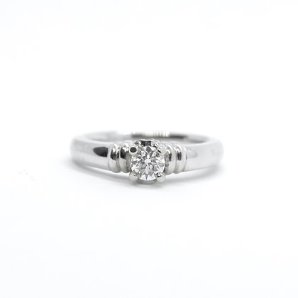 Round Cut Solitaire Diamond Engagement Ring (0.31 carat)