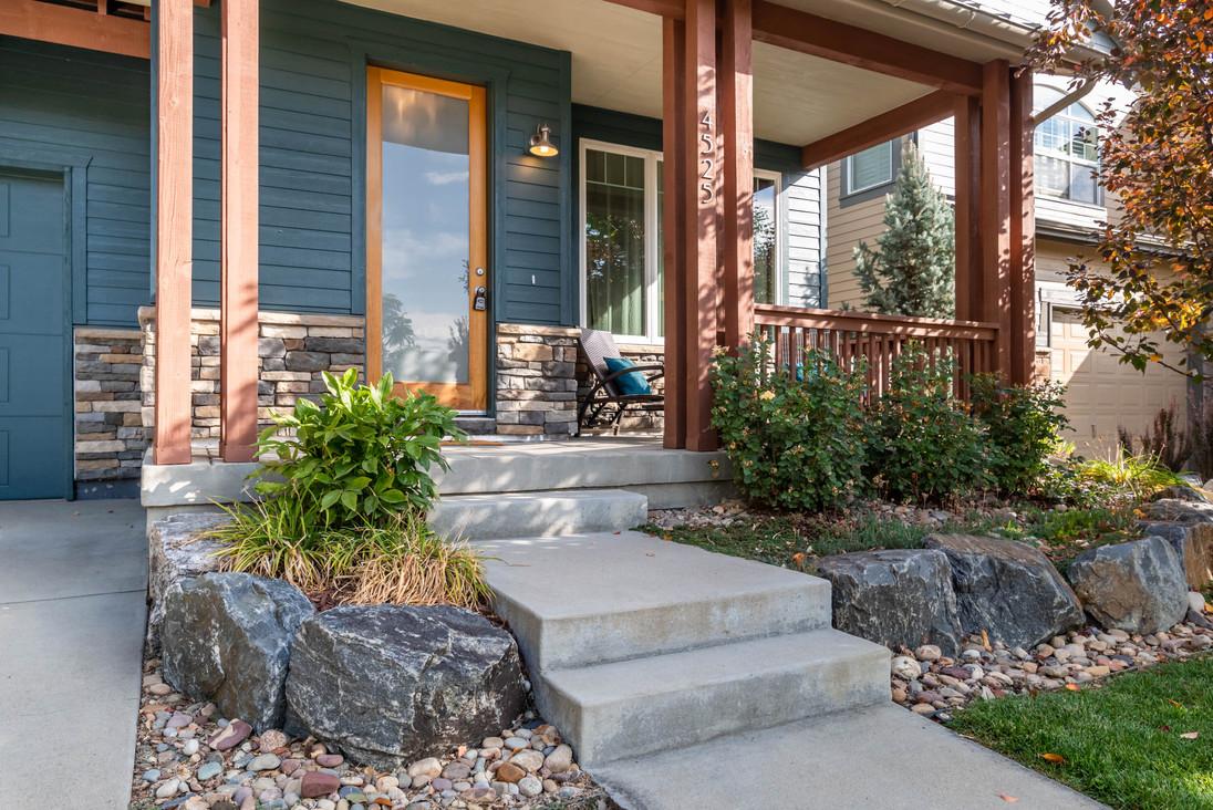 4525 Sunnyside Pl Boulder CO-print-005-039-Front Porch-3000x2002-300dpi.jpg