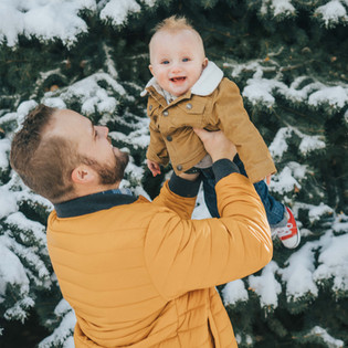 7 Ways to Thrive while Parenting during the Holiday Season