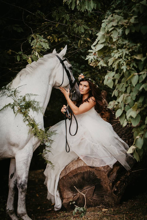 Bride-and-horse.jpg