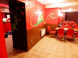 Bar Gaga à gauche et salle 2 à droit
