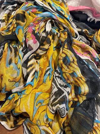 ottotredici-sjaal-kleurenmix.JPG