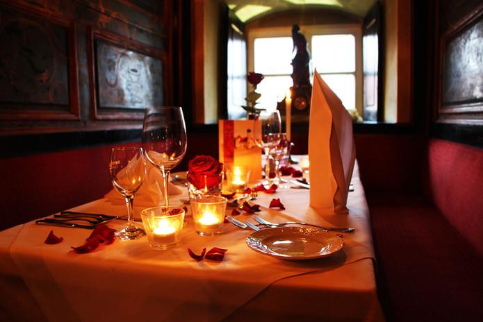 candle_light_dinner_schlosshotel.jpg
