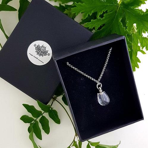 Crystal Pebble Personal Diffuser Pendant Perfume Gift Set