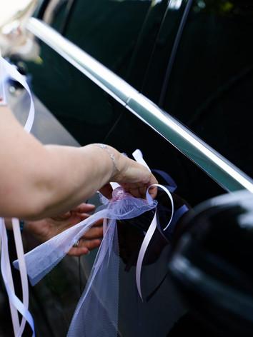 Décoration florale  mariage voiture - Laurence Lacheré fleuriste antibes