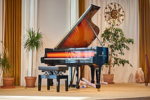Klavir_Steinway&Sons_Sunburst_Collection