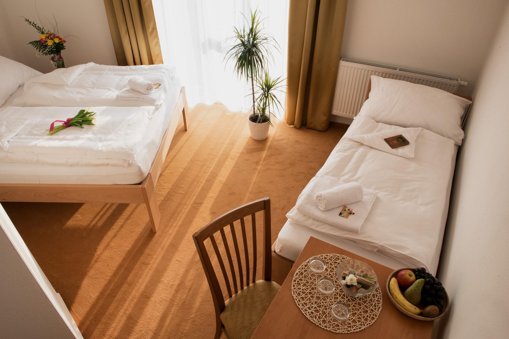 Hotel Kalimeta pokoj-min