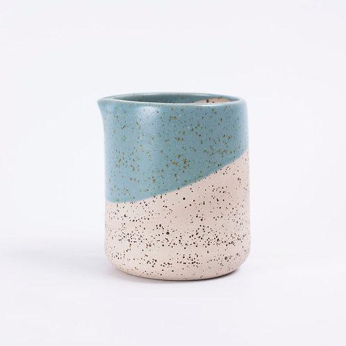 handgefertigte Keramik-Karaffe