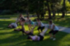 Gruppentrainings Outdoor Nicole Turtschi Bern Thun Spiez Gwatt functional Tranining Bootcamp Sommer Winter Frühling Herbst drussen Natur Bewegung abnehmen Sport günstig Gruppe