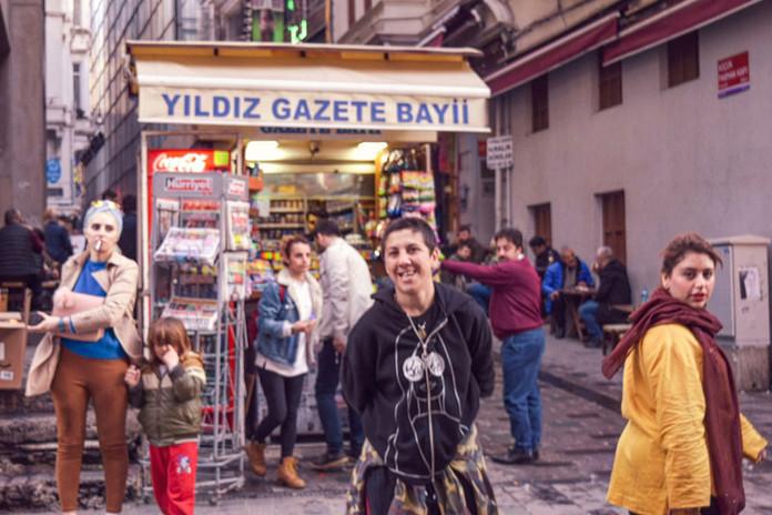streetphotowomenistanbul.jpg