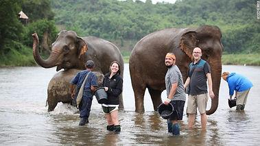 sayaboury elephant conservation-bathing