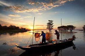fishing on mekong.jpg