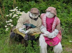 Nagoya-scarecrow couple
