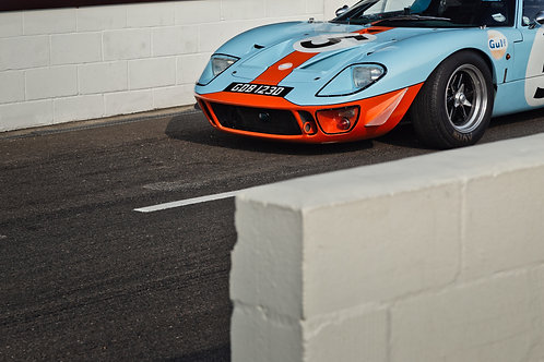 A Ford GT40 at the Goodwood Race Circuit. A direct print on aluminium dibond