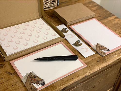 Tan Horse Notepaper and Notecard Stationery Set