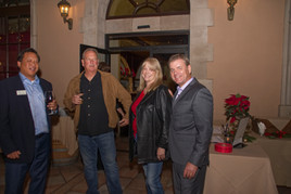 real esRealtor Mike Gratland client holiday party.jpgtate client party 7