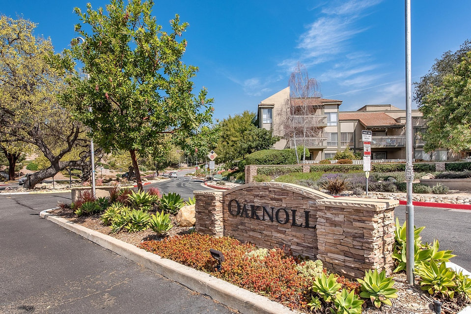 sequoia oaknoll sign.jpg