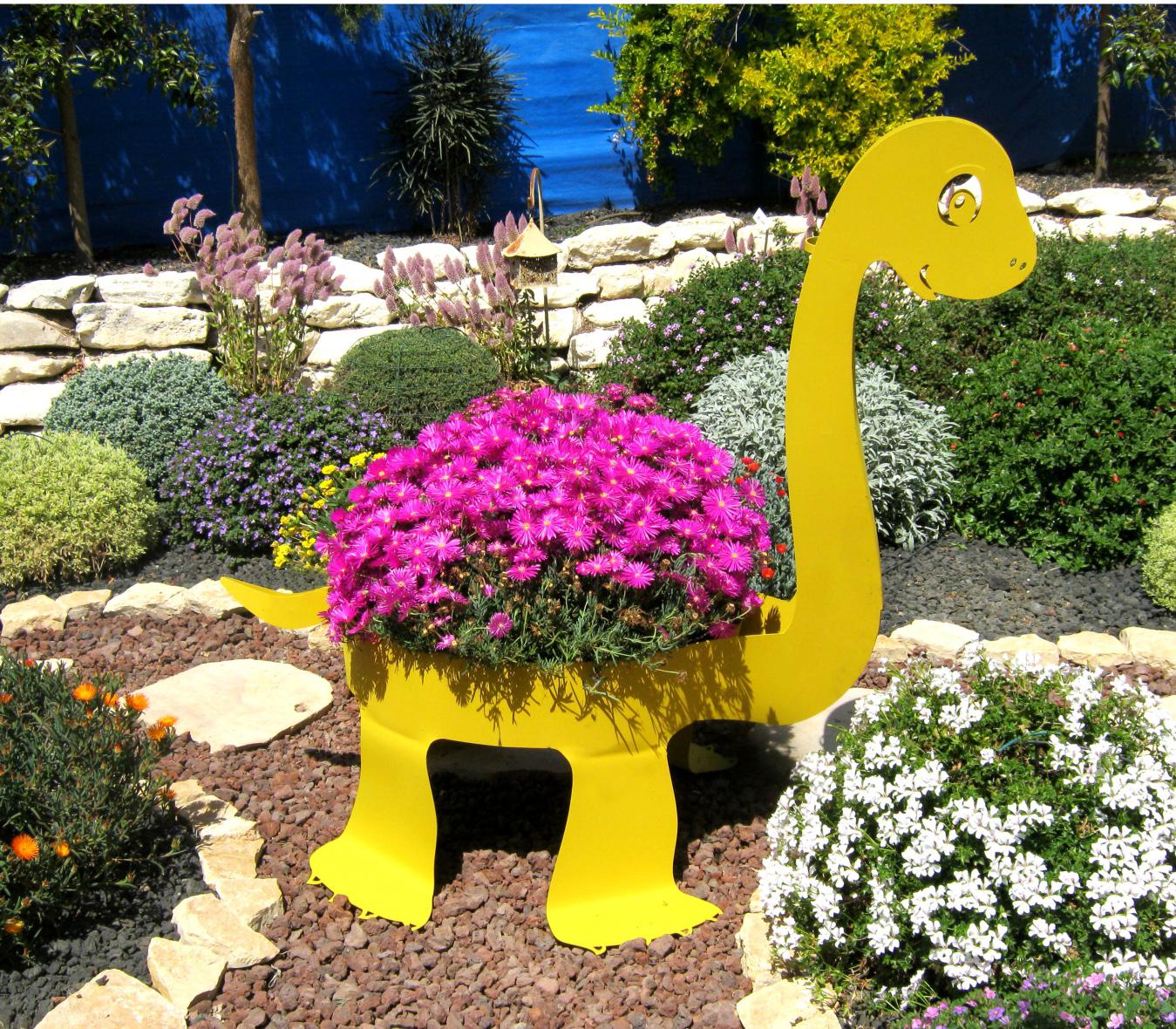 אדנית בדמות דינוזאור