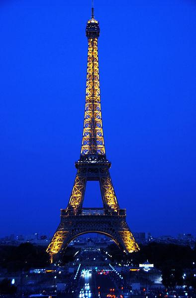 195 Eiffel Tower on Blue-2.jpg