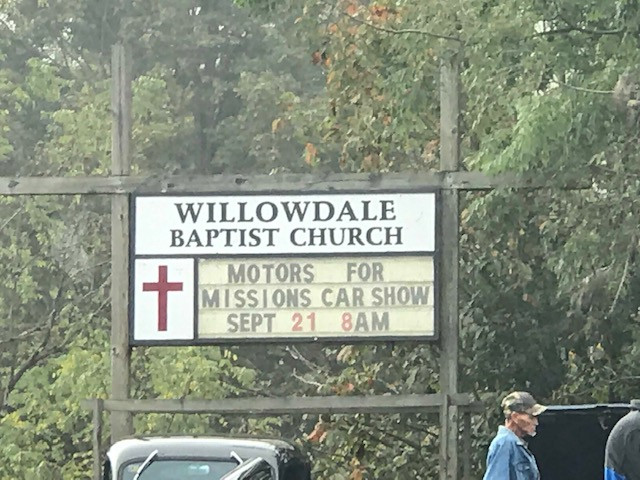 Willowdale Baptist Church Hosted a Car Show to raise money for missions