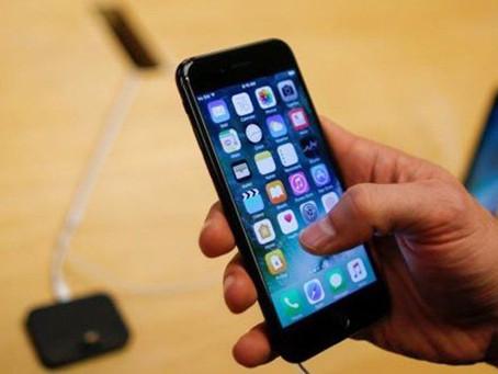 Apple, iPhone 6, 6S, 7 ve SE sahiplerine 25 dolar ödeyecek
