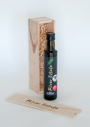 1 x 250ml Olive Oil in Wooden Gift Box