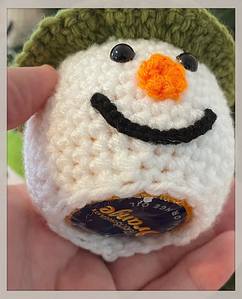 Knitted Snowman chocolate orange cover