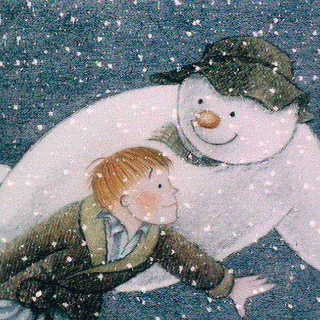 the-snowman-and-boy-in-flight.jpg
