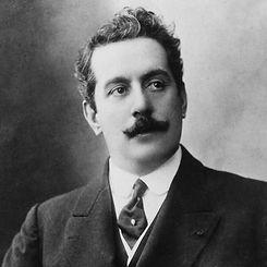Puccini, Opera on Location