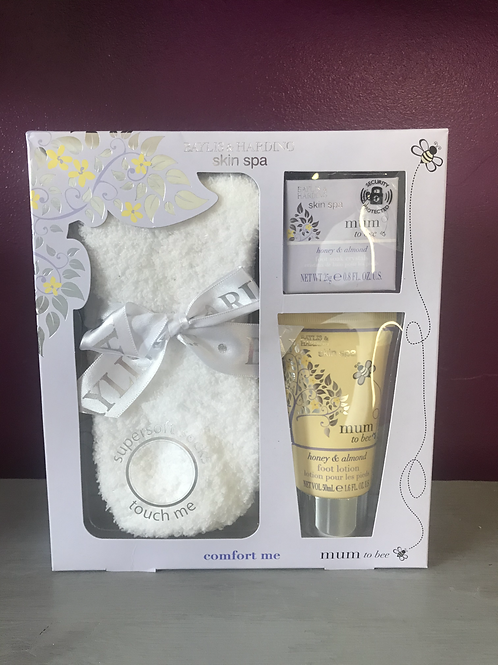 Baylis and Harding mum2be skin spa