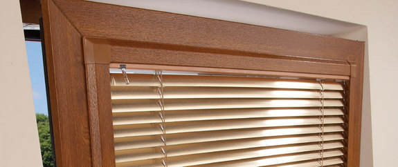 wood effect perfect fit blind