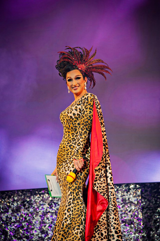 LEO_DRESS_lEOPARD_DRAG_NIGHT1