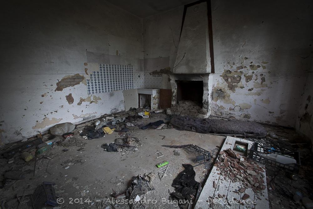 Casa abbandonata-6