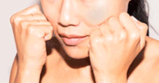 diy technique to lift and define your cheekbones